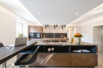 Moderne Küche Mit BORA Kochsystem