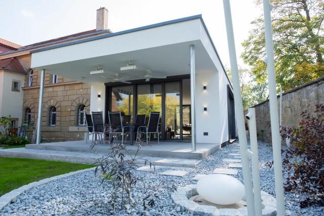Moderner Anbau An Altbau. Umnutzung Unser Landhaus Ist Erste Klasse ...