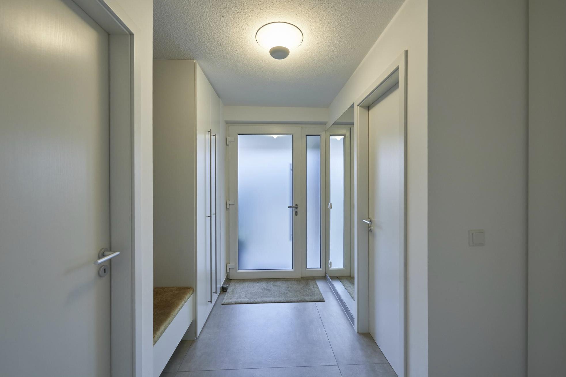 www.ideenraumgeben.de-renovierung-eines-wohnraums-mit-effektfeuer-8e400876-6f5f-4ed6-97a6-71b336787dad