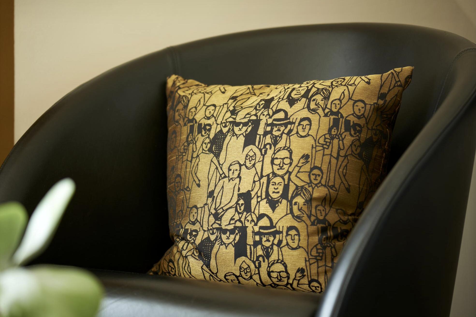 www.ideenraumgeben.de-umgestaltung-eines-grossen-home-office-mit-toller-aussicht-2cadf3d3-a409-4193-8301-e39a7255921a