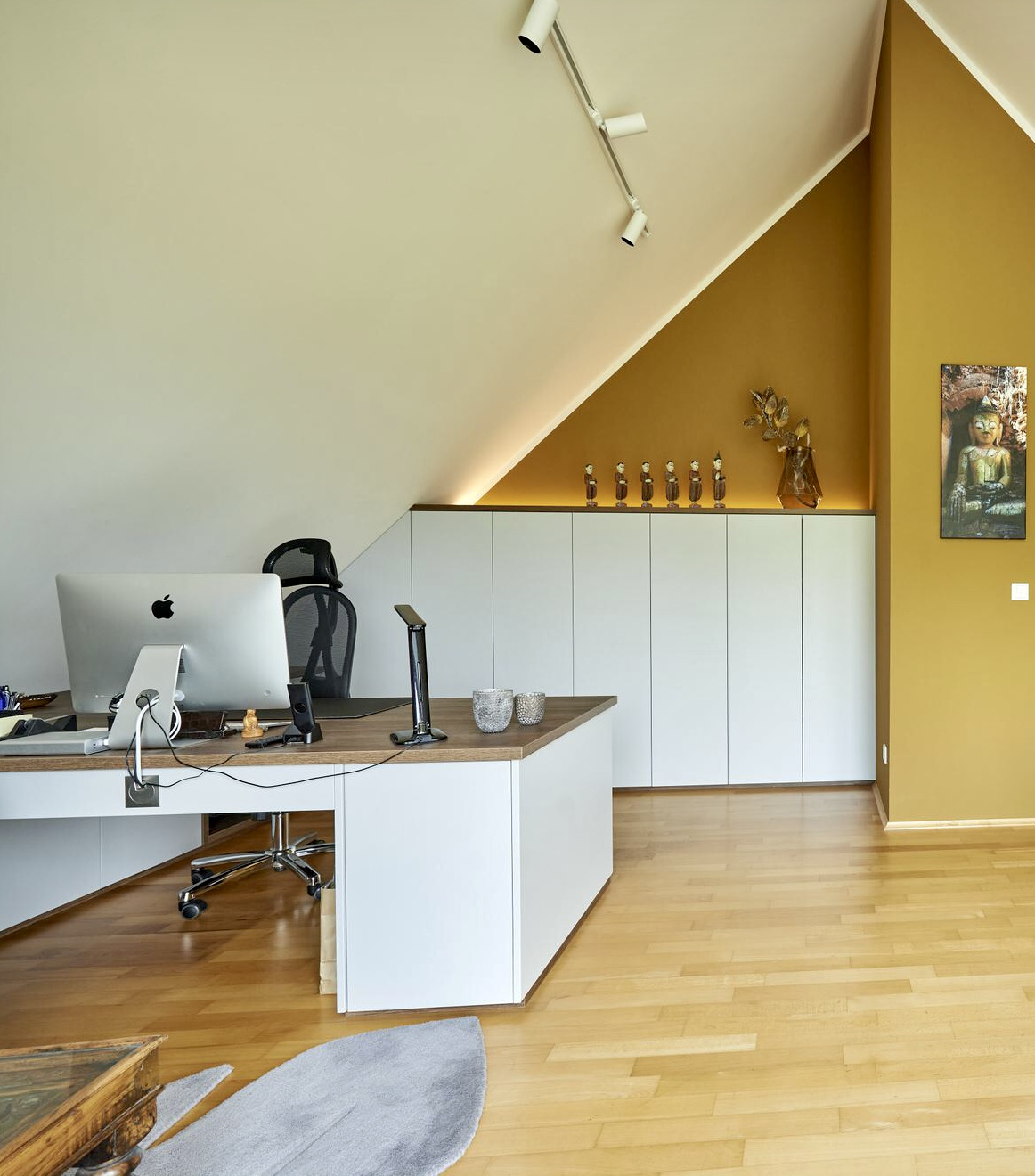 www.ideenraumgeben.de-umgestaltung-eines-grossen-home-office-mit-toller-aussicht-9e2833b6-e00a-49fa-9d94-1cef1b7804cf