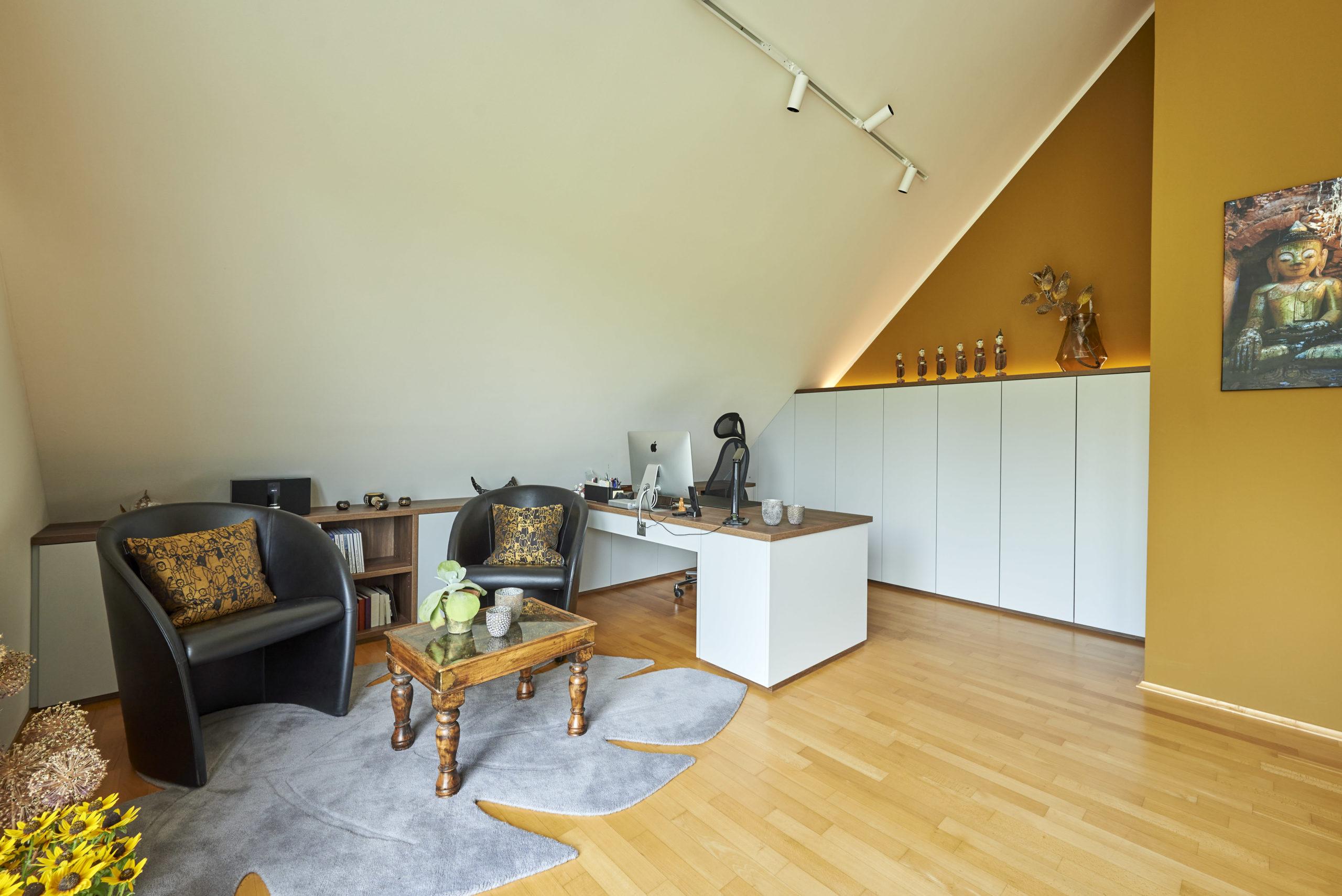 www.ideenraumgeben.de-umgestaltung-eines-grossen-home-office-mit-toller-aussicht-a90c89a6-dfcb-4871-afcb-0744cb794ef6-scaled