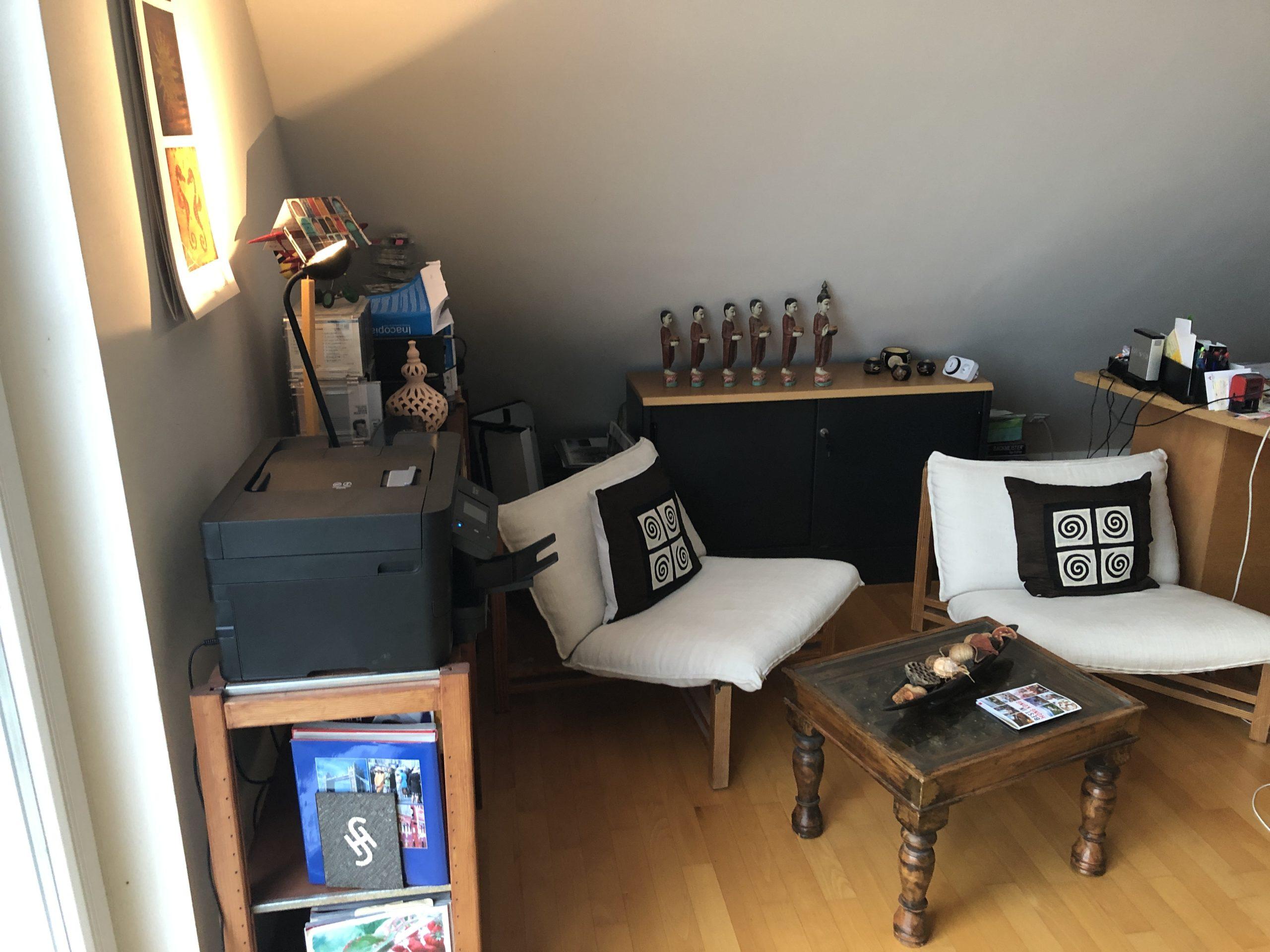 www.ideenraumgeben.de-umgestaltung-eines-grossen-home-office-mit-toller-aussicht-leseecke-vorher-scaled